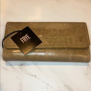 FRYE Wallet